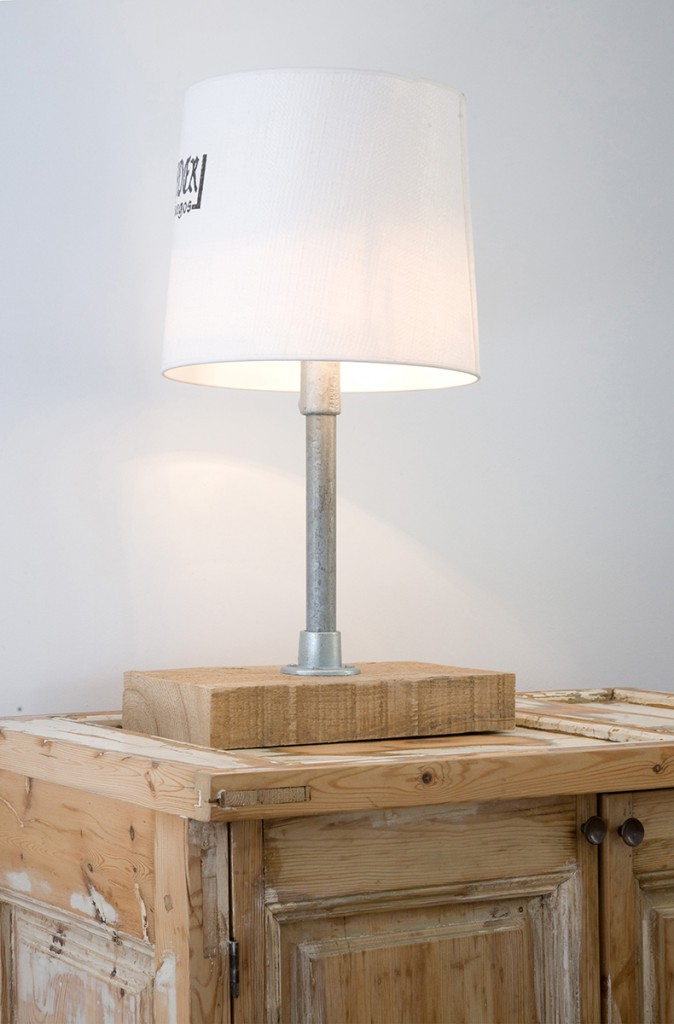 TABLE LAMP_03